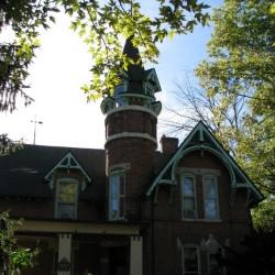Oberholzer Home in Irvington